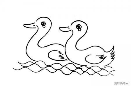 两只小鸭子