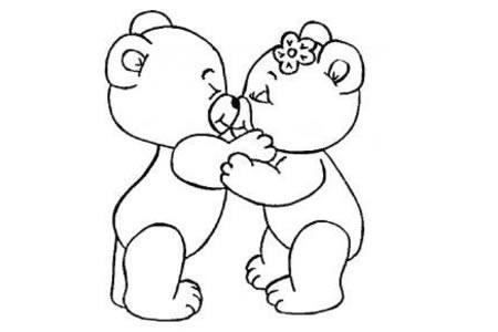 两只亲爱的小熊