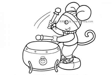 敲鼓的小老鼠