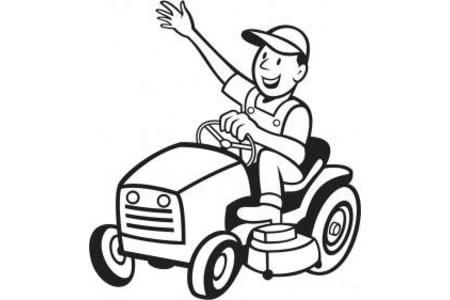 农夫驾驶拖拉机