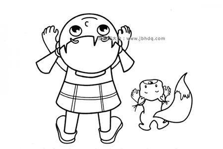 小女孩和小松鼠一起仰望天空