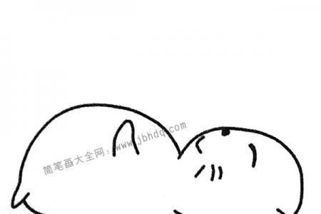 躺在地上玩耍的小猫