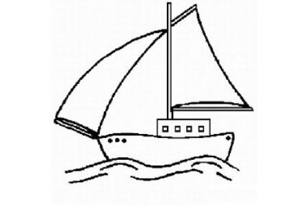 行驶在海洋中的帆船