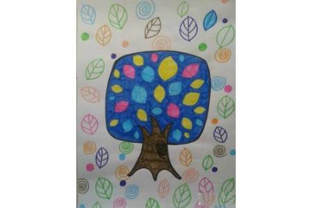 秋天儿童画作品分享-不一样的松树