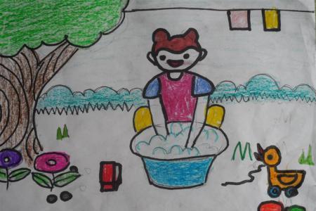 五一劳动节儿童画-帮妈妈洗衣服