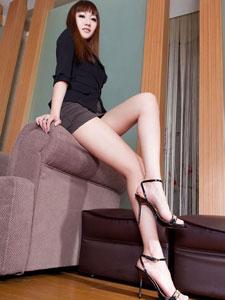 丝袜长腿美女Miya写真