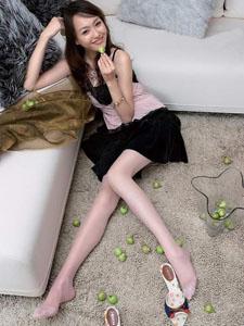 心爱漂亮少女唐嫣美腿丝袜
