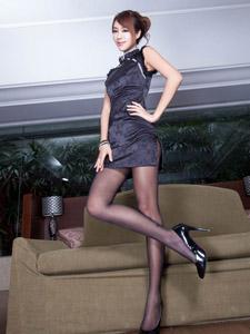 美女Miso美腿旗袍丝袜性感迷人