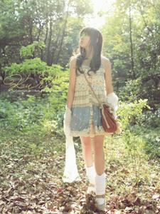 美少女阳光可爱迷人清纯写真