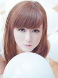 清纯小萝莉唯美气球图片