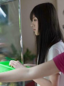 白衬衫学妹王茜被赞陈都灵与奶茶妹合体
