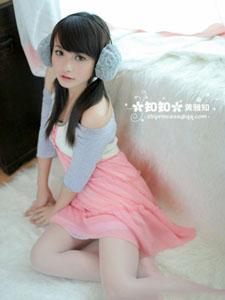 美男模特黄雅知清纯靓丽写真