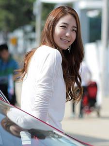 韩国红人车模宝贝方恩英