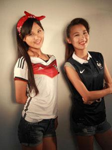 清纯姐妹花齐助阵世界杯