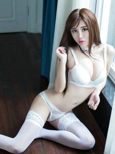 长腿美女妖媚丝袜写真