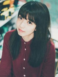 齐刘海女生的纯情写真