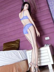 性感网袜美女紫色迷情