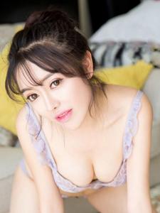 90后美女嫩模郭潇潇性感销魂诱惑写真