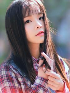 清纯少女舀舀休闲户外写真清新可人