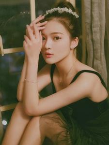 芭蕾黑天鹅气质女神完美五官姣好身材