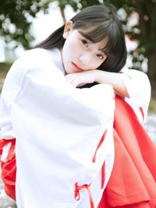 齐刘海日系心爱女神清纯户外唯美写真