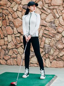 气质女神高尔夫运动写真帅气十足