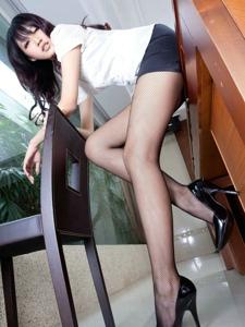 腿模jill制服網襪女白領辦公室挑逗