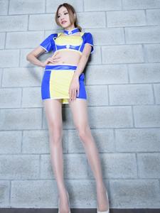 性感长腿模特Abby皮衣皮裙魅惑十足