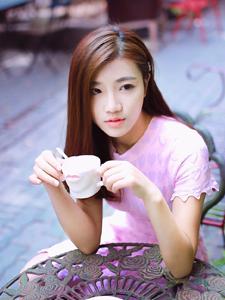清纯甜美少女休闲下午茶浪漫写真