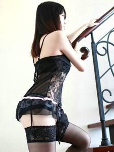 性感黑絲美腿少婦鏤空情趣套裝極致誘惑
