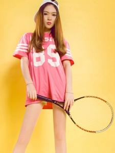 網球運動美女允兒美腿誘惑高挑寫真