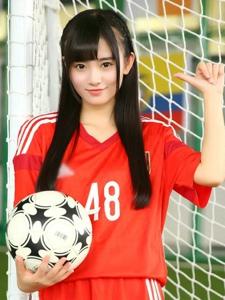 清纯美女鞠婧祎素颜足球宝贝俏皮写真