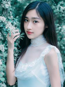 白净少女纯色写真意境唯美