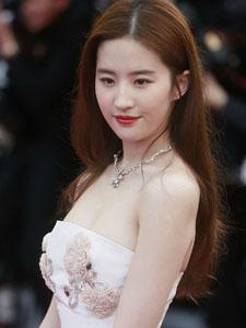 刘亦菲气质美妆戛纳电影节图片