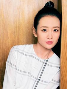 美女演员王鸥时尚封面写真