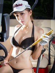 性感美女王馨瑶yanni打高尔夫写真