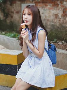 冰淇淋可爱少女胡同写真清凉一夏