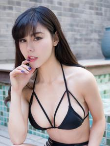 极品气质内衣美女沈佳熹高清图片