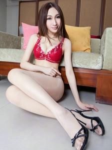 裤袜内衣少女Miki苗条性感的极致好身材