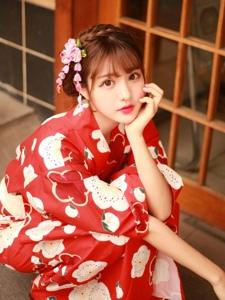 养眼美女日系和服鲜艳美丽动人