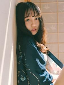 日系卷发少女私房文艺寂静写真