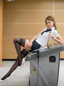漂亮腿模麻辣教师制服黑丝长腿火辣十足