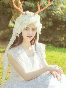 麋鹿美女清新蕾丝漂亮脸蛋迷人