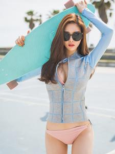滑板少女比基尼性感活力写真魅力十足