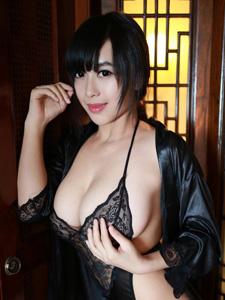 性感辣妹Christine黄可连体情趣内衣私房照