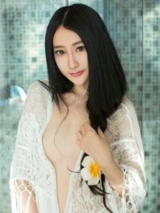 前凸后翘美女宇琦儿浴室薄纱情趣写真