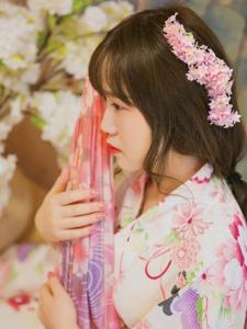 甜美日系美女私房靓丽范粉嫩鲜艳