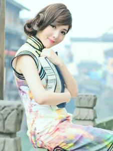 江南水乡的旗袍美男优雅气质温情写真