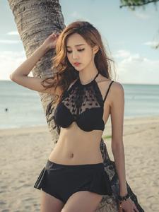 性感黑色比基尼海边魅惑写真妖娆撩人