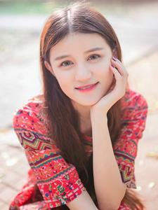 红裙少女清纯凉亭写真气质优雅